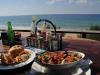 lunch-op-tofu-beach-mozambi